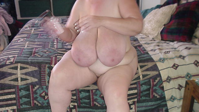udders Mature heavy saggy