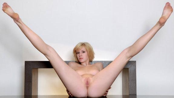 блондинки фото с короткими волосами эротика