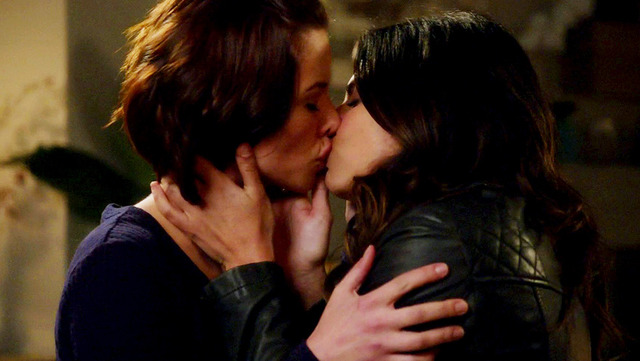 The beautiful actresses, Chyler Leigh and Floriana Lima, kissing each other