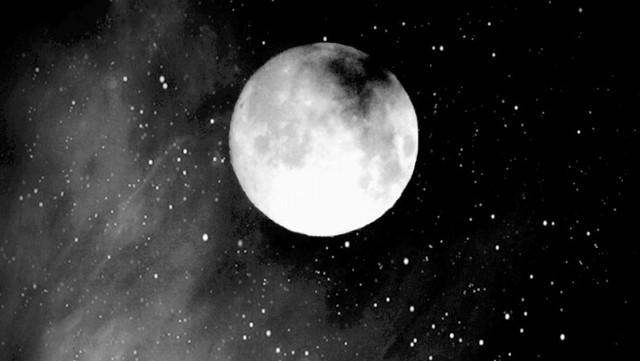 Hasil gambar untuk moon tumblr