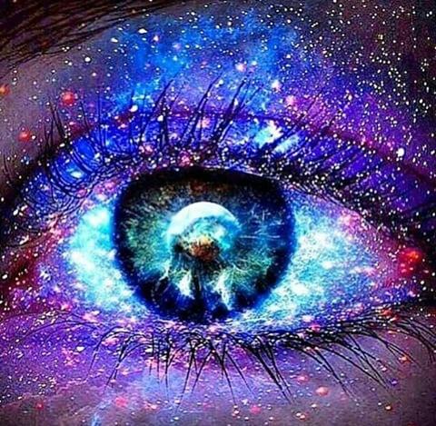 Resultado de imagem para olhar o mundo com outros olhos tumblr