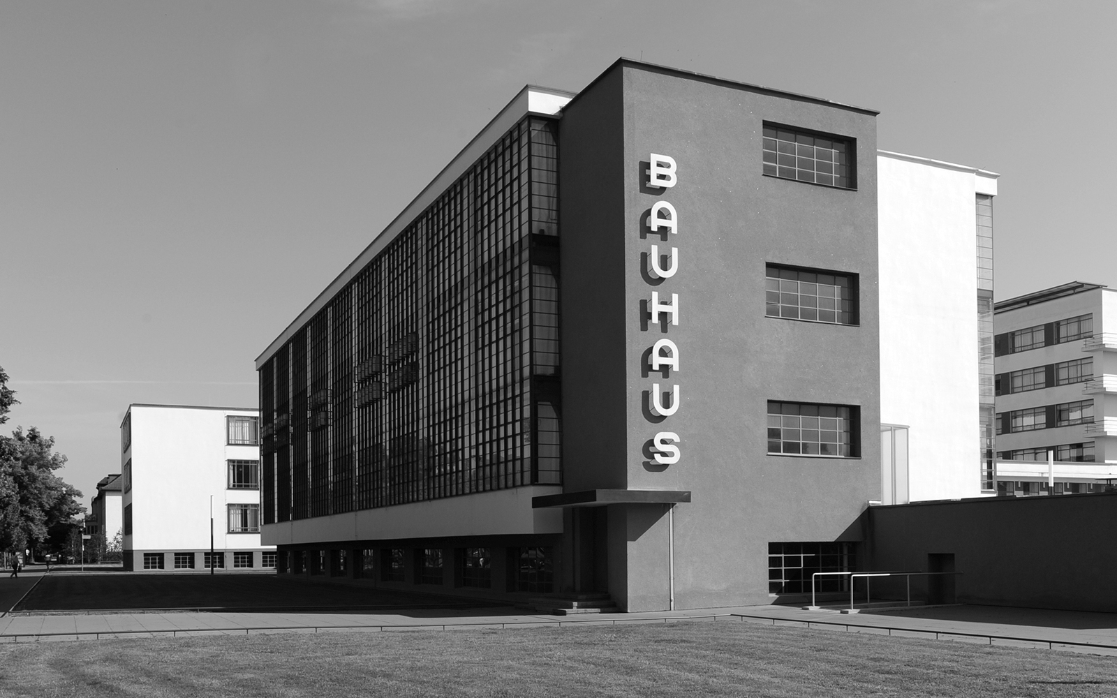 Bauhaus movement magazine for Architecture bauhaus