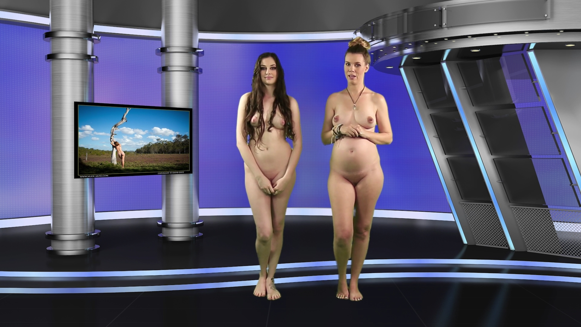 nakednews