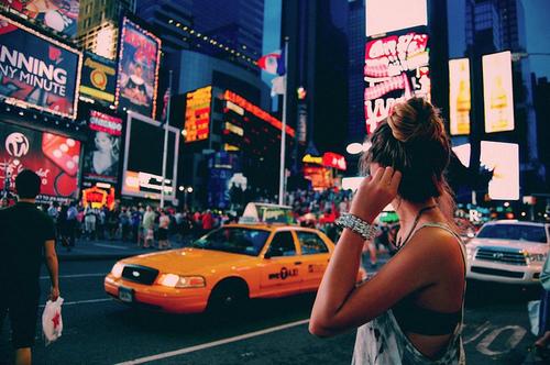 Travel girl dating