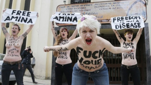 Tunisia topless protest